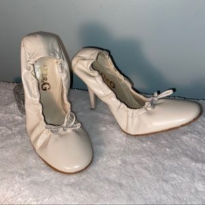 Dolce & Gabbana Leather Ballet Heels Size 7(37)